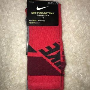 Red Nike Socks 3 Pack ⚡️